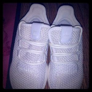 Kids Adidas sz 7